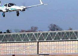 Cientistas alemães criam avião que consegue pousar sozinho.