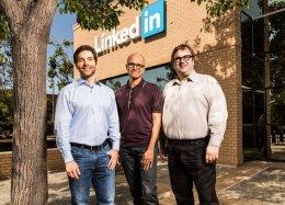 União Europeia aprova compra da LinkedIn pela Microsoft.