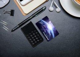 Celular japonês roda Android e tem o tamanho de um cartão de crédito