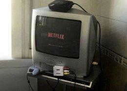 Saiba como transformar uma TV de tubo em Smart TV.