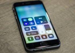 Apple adianta lançamento de novo iOS para consertar bug no iPhone