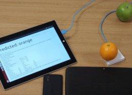 Universitários adaptam chip do Google para dar ao seu computador o sentido de tato