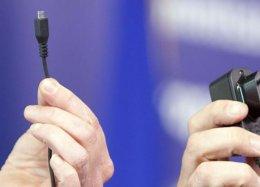 Cuidado: carregador pode levar vírus para seu smartphone; saiba se proteger.