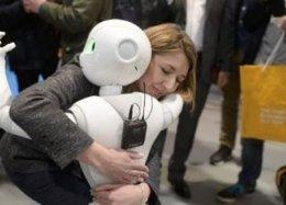 Conferência proibida discute sexo e amor com robôs