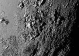Novas imagens de Plutão surpreendem Nasa.