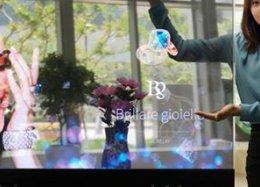Samsung revela novos displays OLED totalmente transparentes.