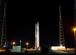 SpaceX planeja novo lançamento após explosão em plataforma.