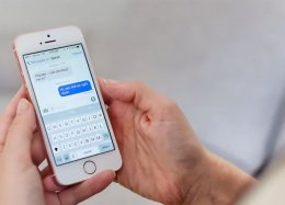 Apple pode voltar a fazer smartphones com tela menor em 2020.