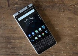 Blackberry promete lançar pelo menos dois novos celulares com Android em 2018