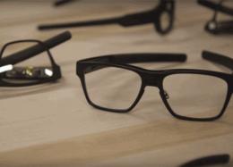 Óculos inteligentes da Intel têm design inteligente.