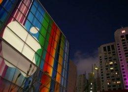 Inspirado em aparelhos da Samsung, próximo iPhone pode ter tela curva.