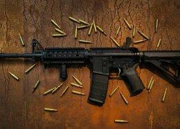 YouTube vai proibir vídeos que promovam armas de fogo e seus acessórios
