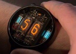 NIWA Nixi: relógio retrô usa tubos para mostrar as horas.