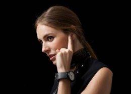 Pulseira inteligente transforma seu dedo em fone de ouvido