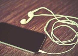 Apple deve lançar serviço de streaming de música em breve.