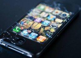 Nova tecnologia pode regenerar tela rachada de celular.