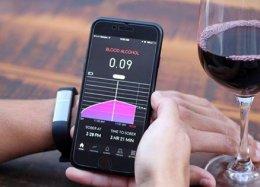 Nova pulseira tecnológica avisa se você já bebeu demais.