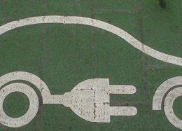 Reino Unido quer carregadores de carros elétricos em toda casa nova.